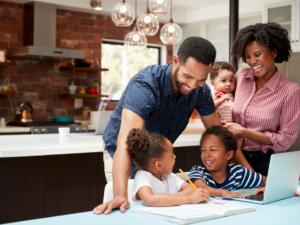 Le rôle des parents dans L'éducation Bilingue des enfants à la maison – Les bonnes pratiques